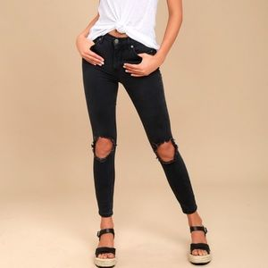 FREE PEOPLE - Busted Knee Jeans